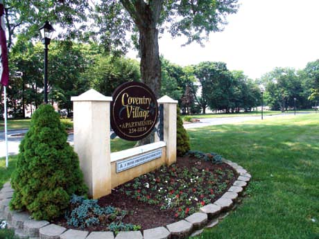 Coventry Village Apartments
